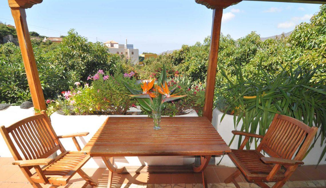 with casa table jardin. Black Bedroom Furniture Sets. Home Design Ideas